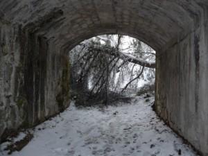 sous l'aqueduc